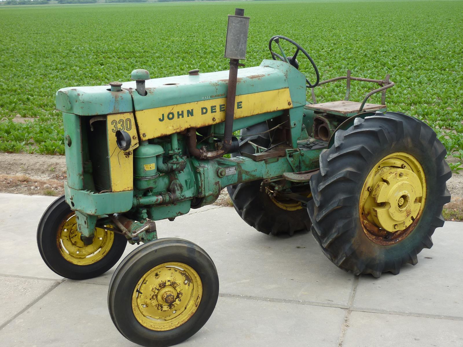 John Deere museum 2013-06-17 002